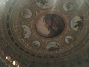 The ceiling of Teatro di Bellini!