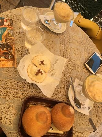 Granita with brioche and the famous Modica cookies!